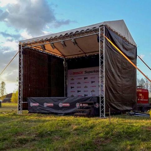 Mazā pasākumu skatuve | 4x6 m komplekts ar uzstādīšanu