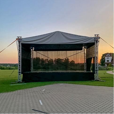 Vidējā pasākumu skatuve | 6x8 m komplekts ar uzstādīšanu | noma