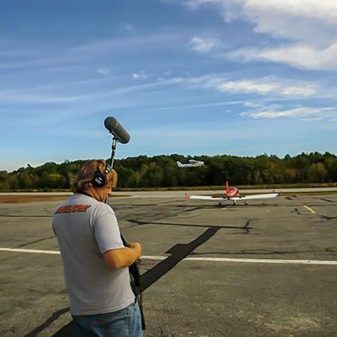 Mikrofons filmēšanai Rode NTG4 Shotgun   komplekts   noma
